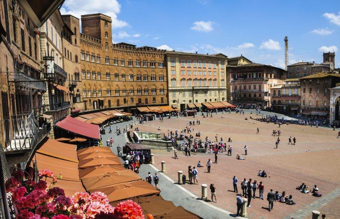 Piazza del Campo, het prachtige plein van Siena