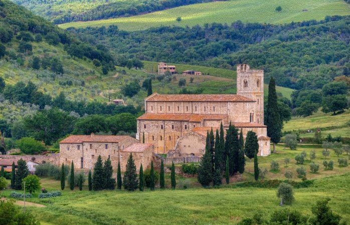 Benieuwd naar Gregoriaanse gezangen? Zet koers naar Abbazia di Sant'Antimo
