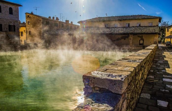 Spring erin! Neem een duik in de heetwaterbronnen van Bagno Vignoni