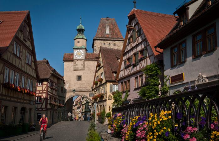 Markusturm dateert uit de 12e eeuw en was een van de eerste stadsvestingen