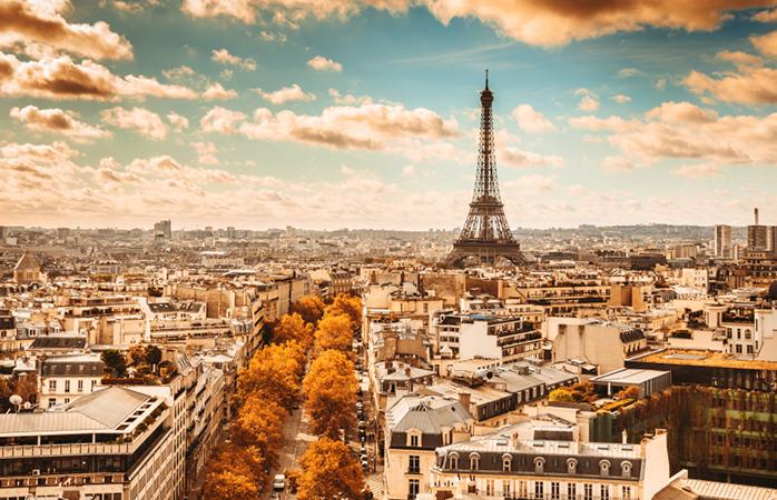 Een prachtig uitzicht op de Eiffeltoren in Parijs